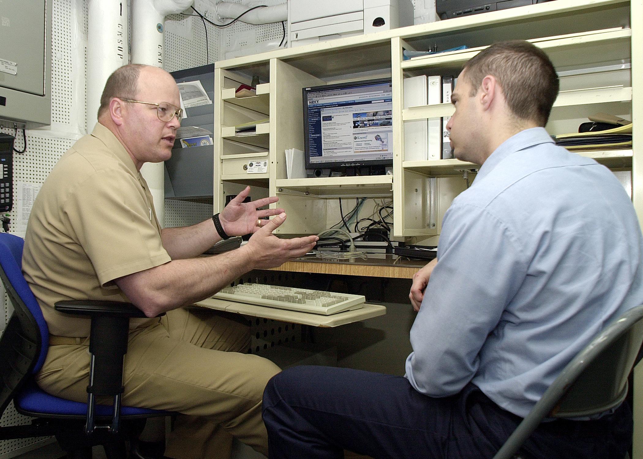 navy knowledge online sailors feedback bill moran 040428 n 2716p 001