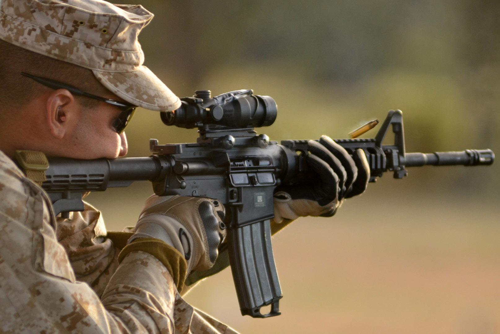 Marine Grunts React Switch M16 M4