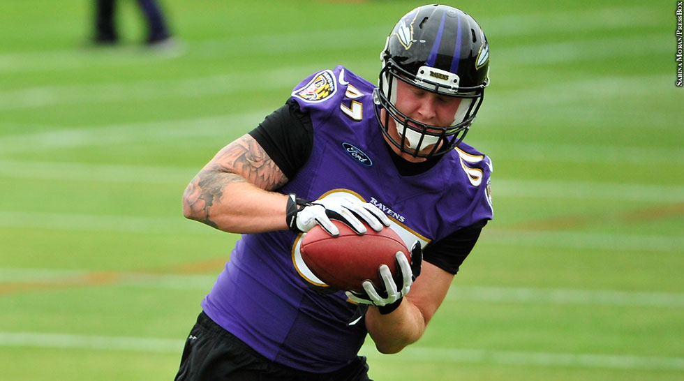 Ravens 2015: Maxx Williams (OTAs, with ball)