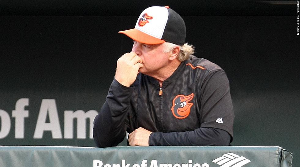 Orioles 2015: Buck Showalter (biting nails)
