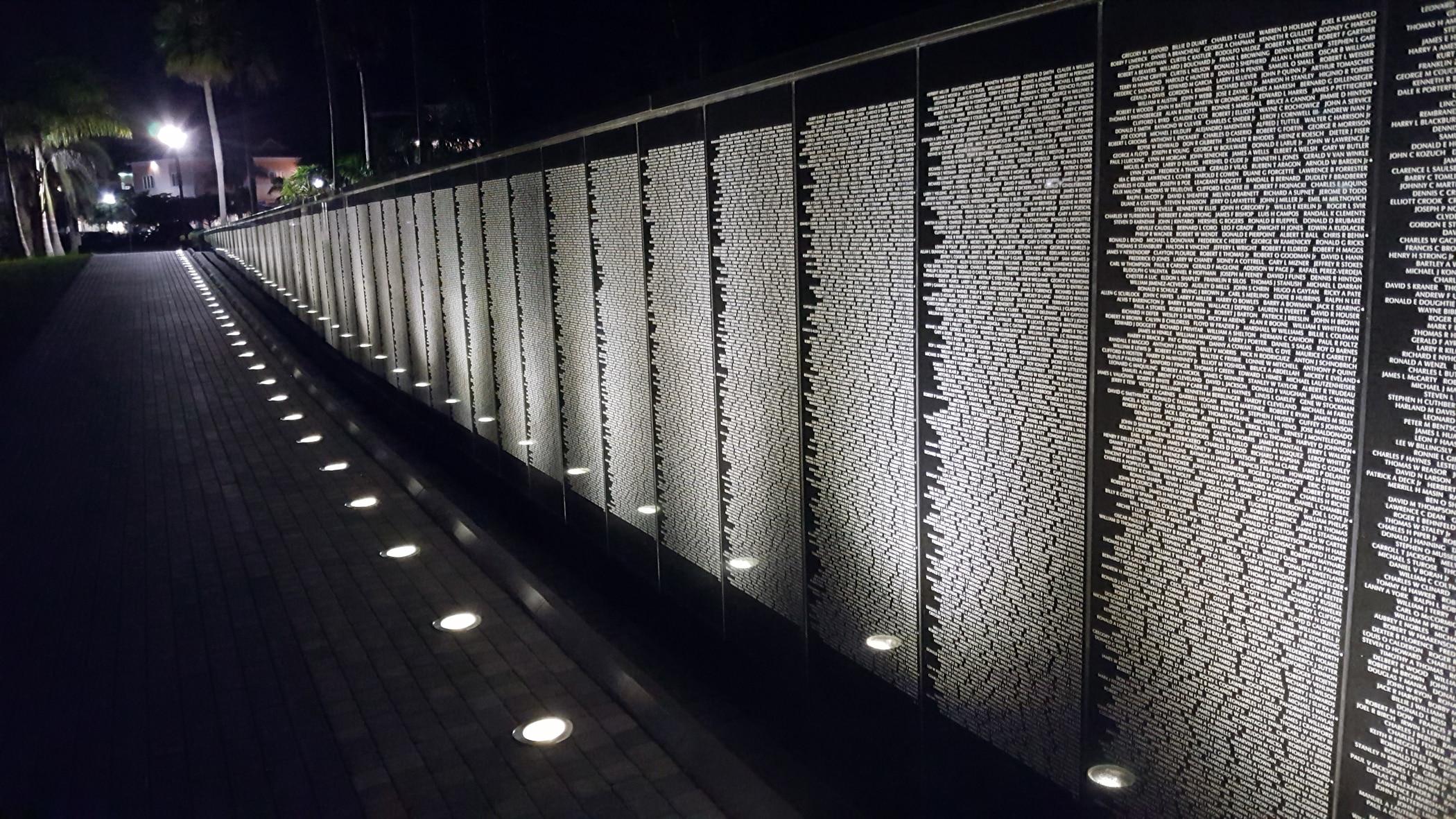 SW Florida Vietnam Wall 03