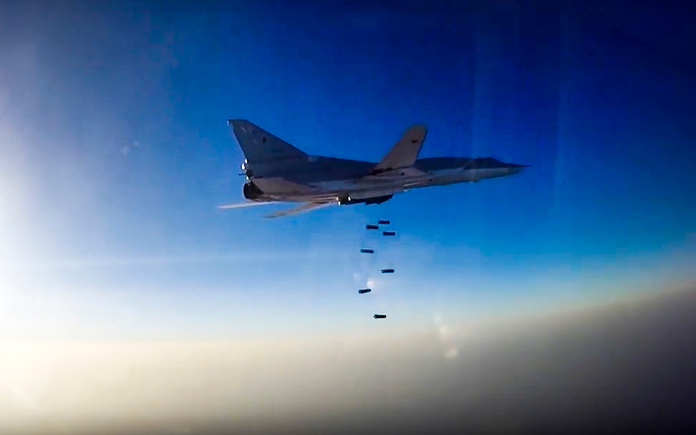 Russian bomber over Syria2