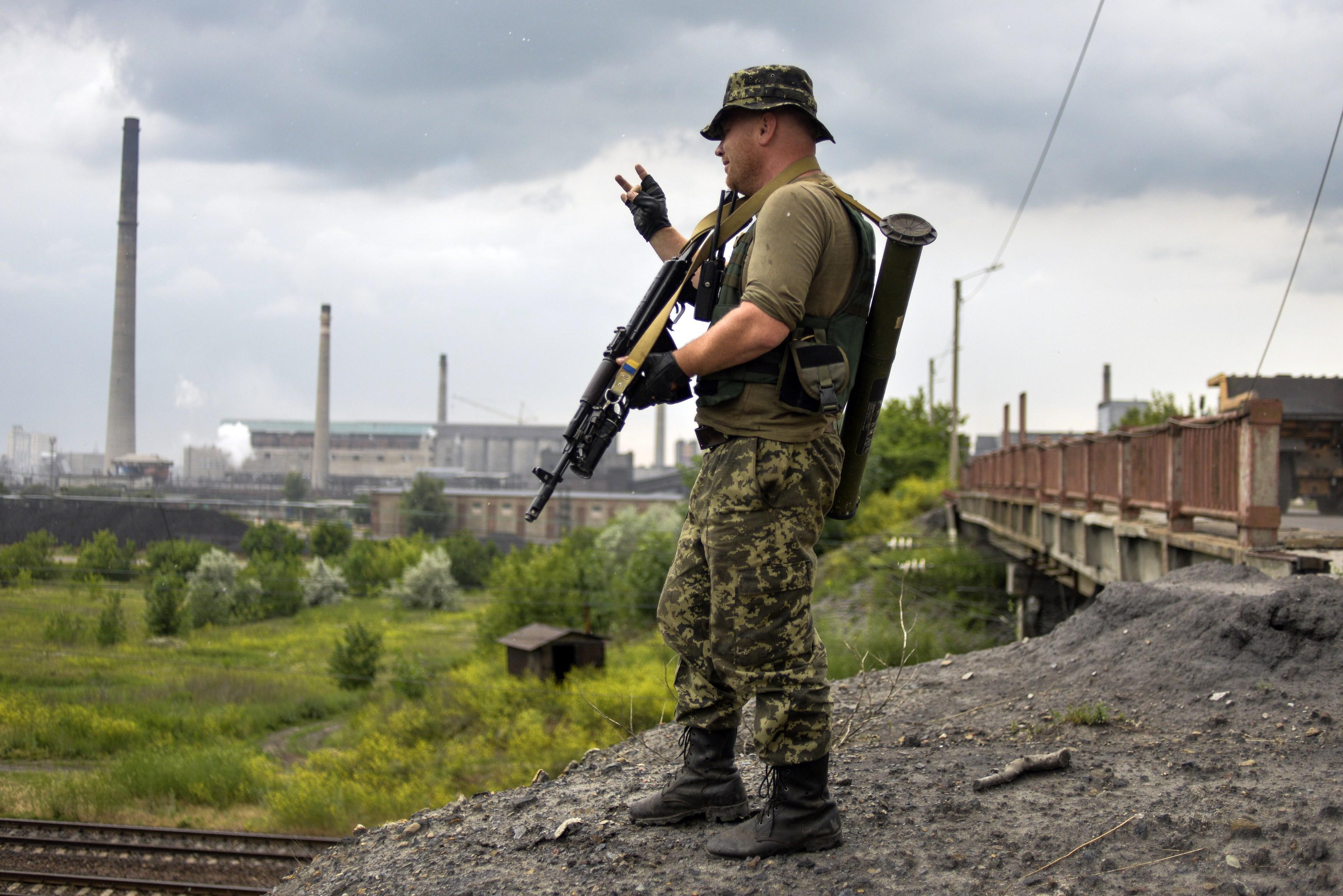 635786255078373624-MAR-Ukrainian-forces-2