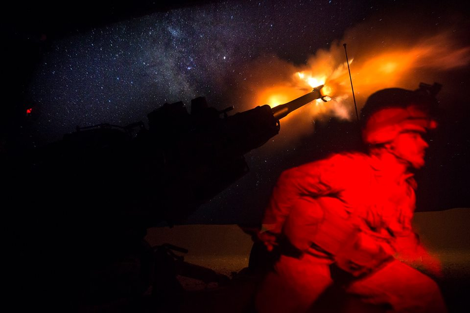 marine raqqa artillery night