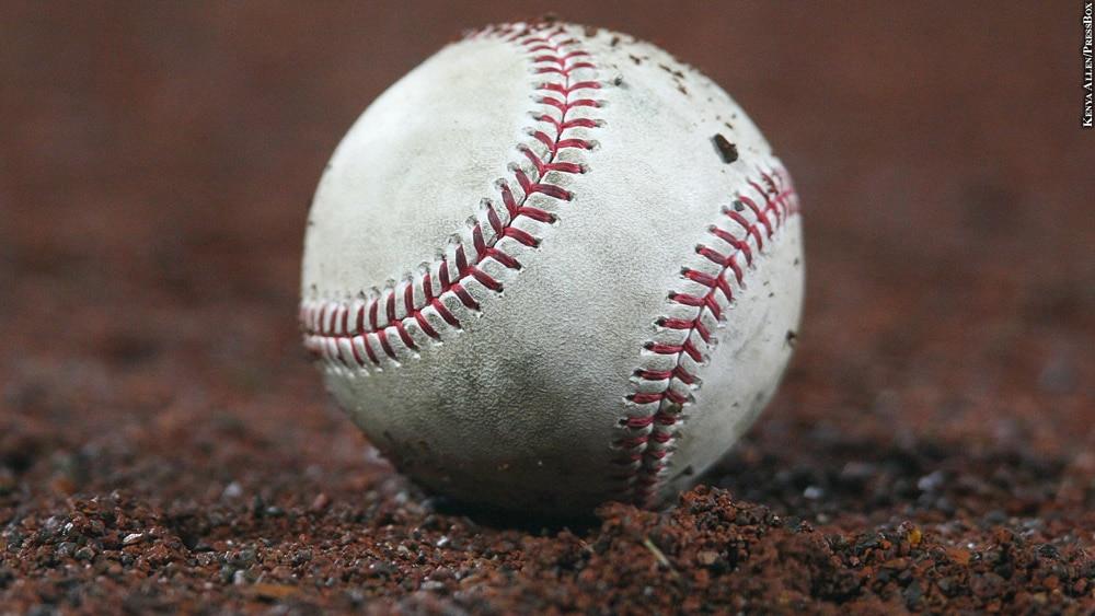 Orioles17-422-baseball