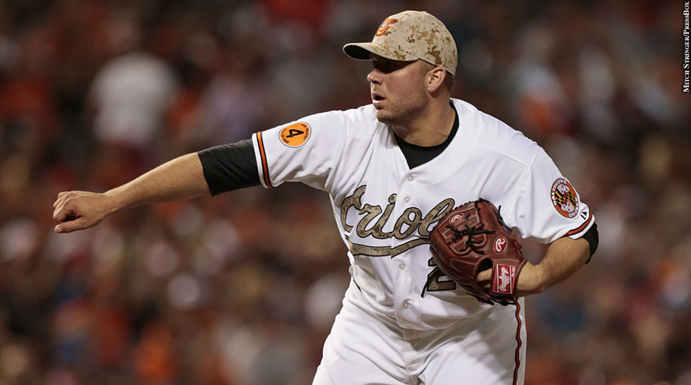 Orioles 2013: Tommy Hunter (camo uniform)