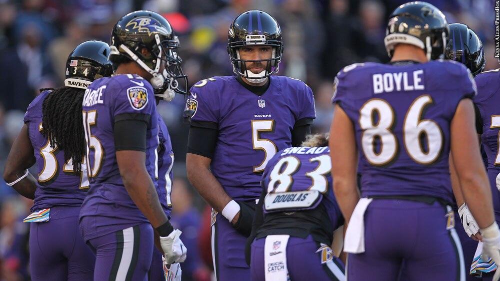 Ravens 2018: Joe Flacco huddle with Alex Collins, Michael Crabtree, Willie Snead, Nick Boyle (Week 7 vs. Saints)