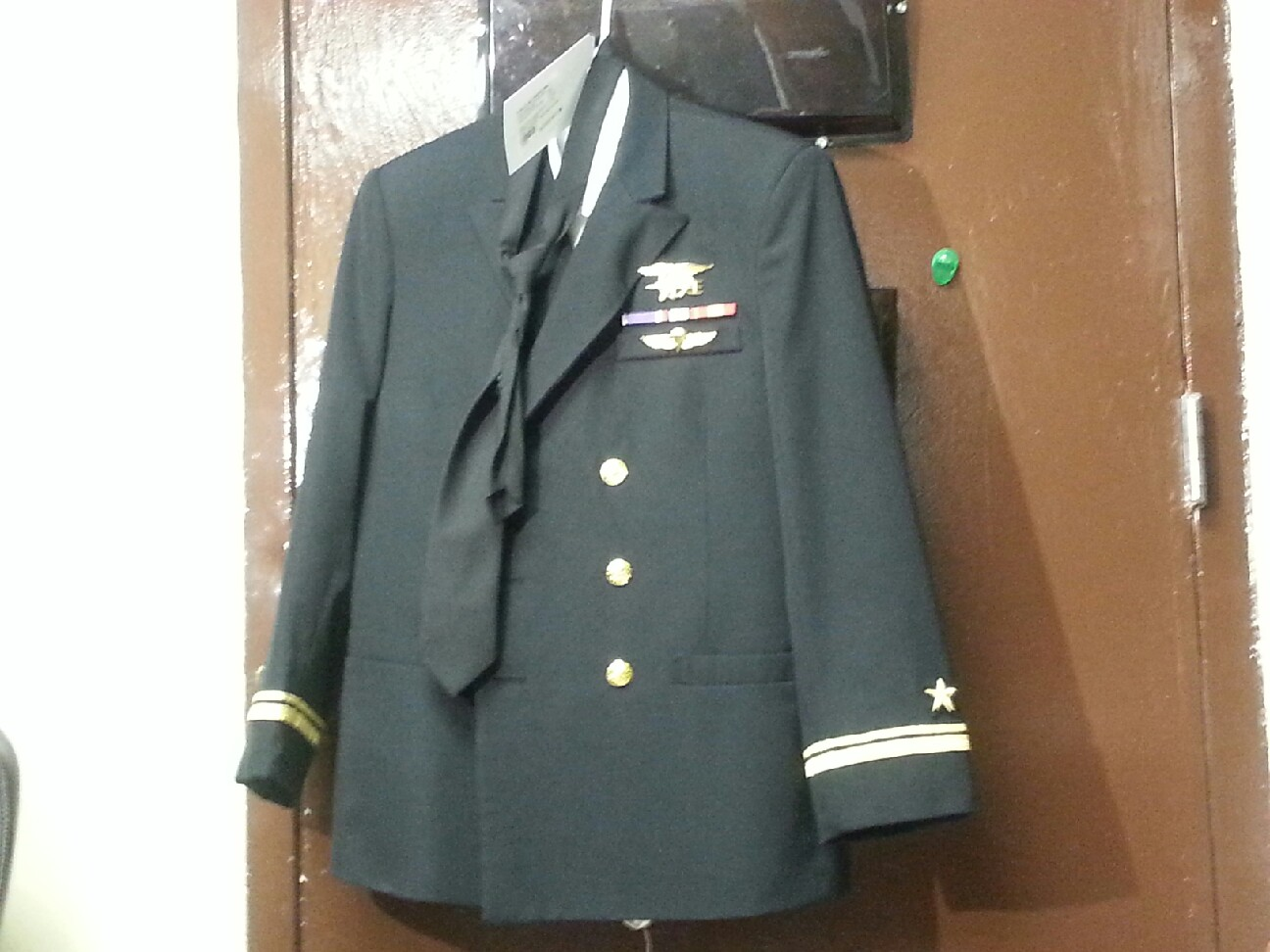 635512349258047318-Confiscated-uniform