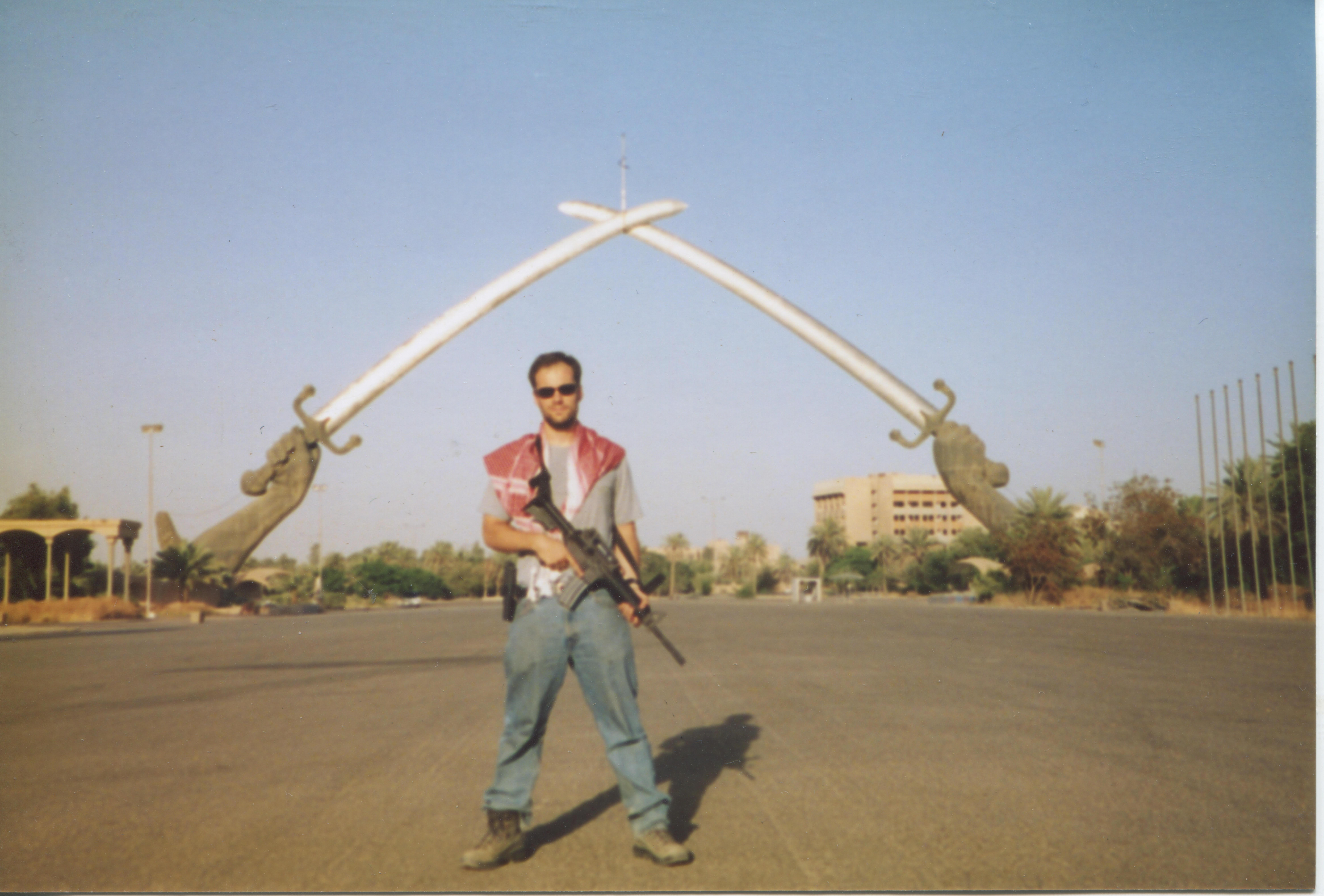 636062493028130203-Tom-King-in-Iraq.jpeg