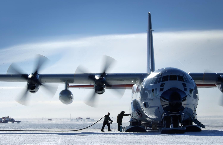 Deep Freeze LC-130