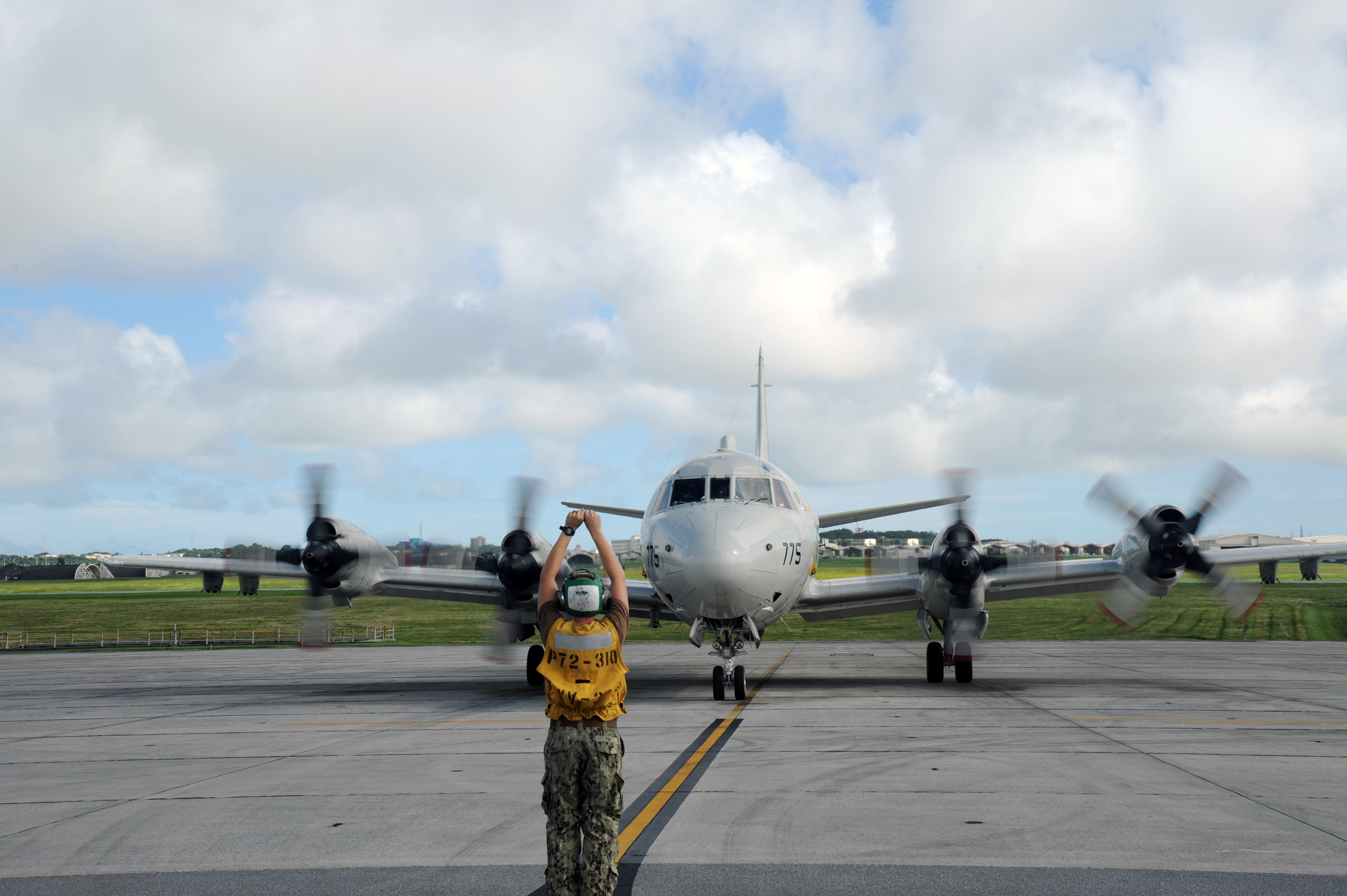 A P3 Orion With Patrol Squadron 47 Has Joined The Lifesaving Effort Us  Destroyer Sampson, Adopt Nz Child