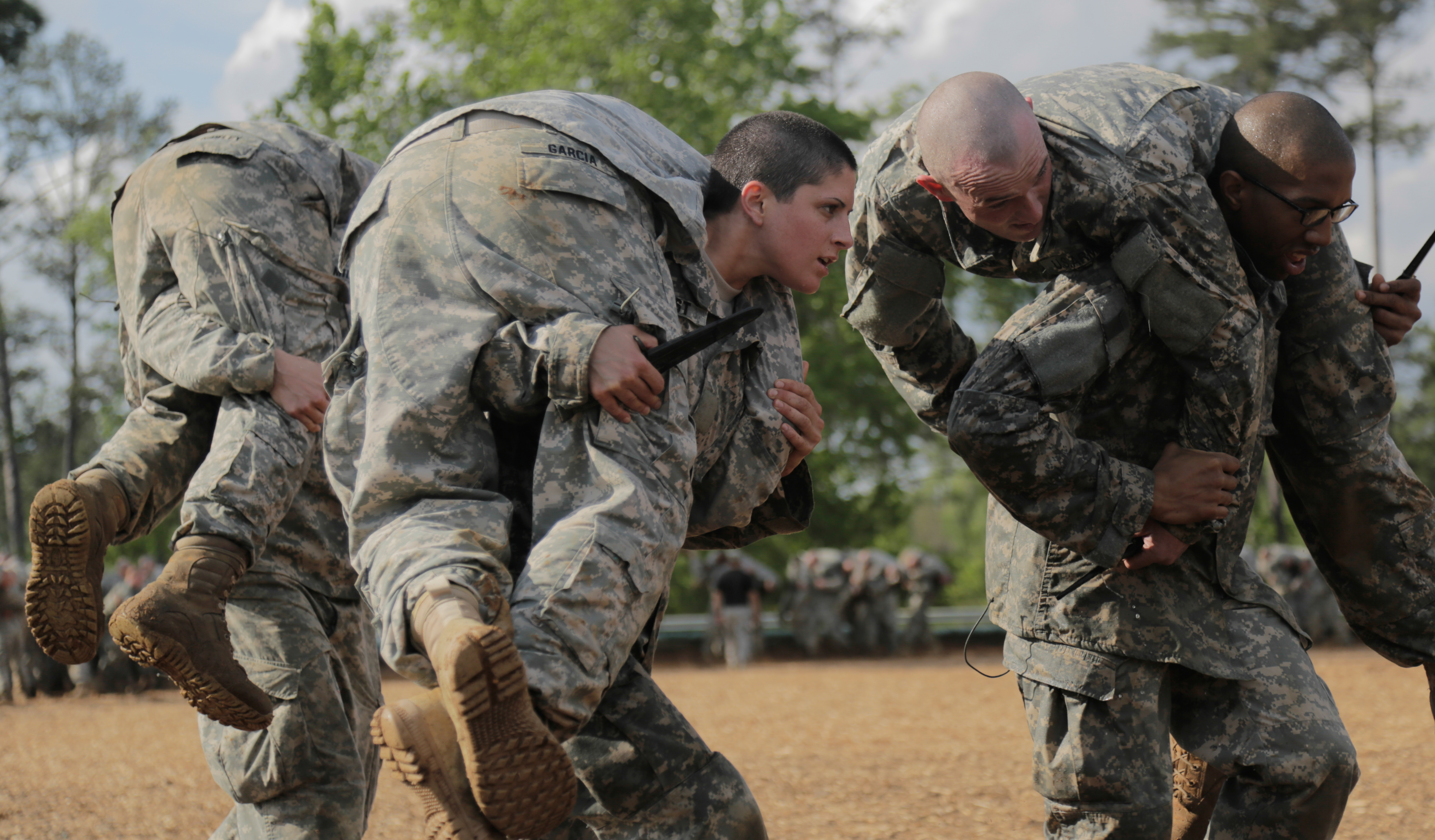 single women in ranger Many people have weighed in recently on the controversy surrounding the circumstances of the first two female graduates of ranger school from army ranger veterans to members of congress, a.