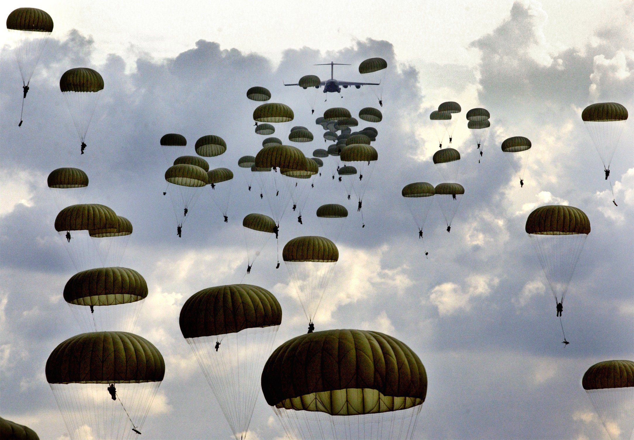 Army Celebrates 75 Years American Paratrooper