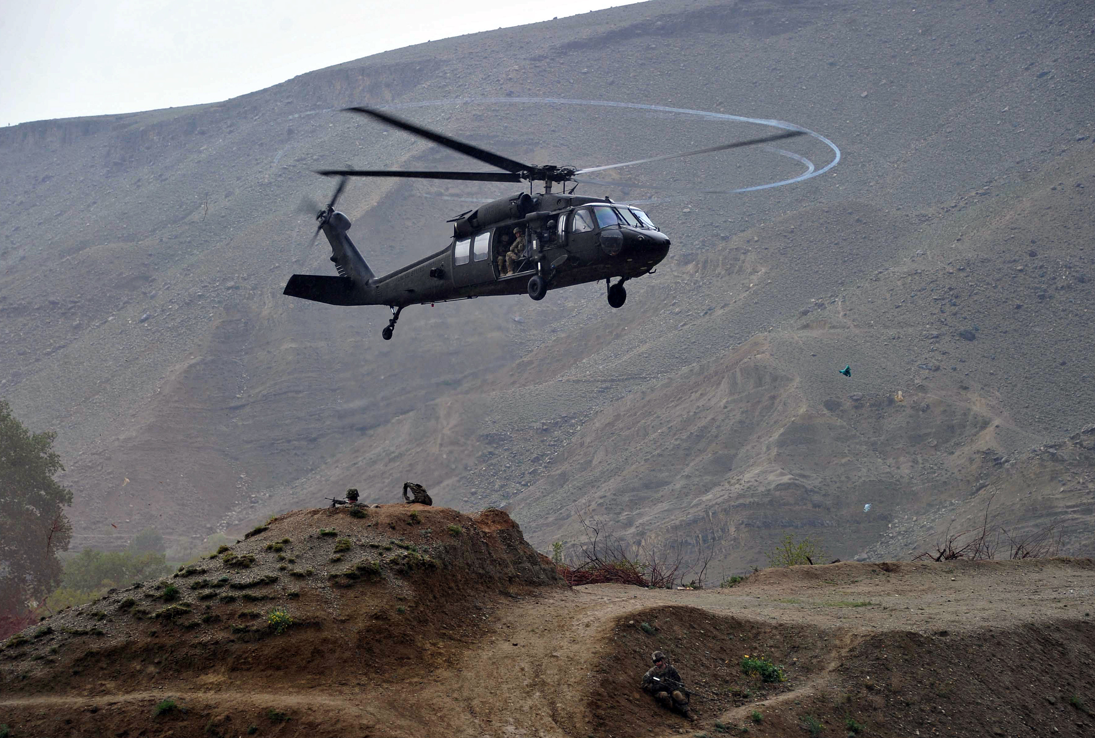 military helicopter history essay