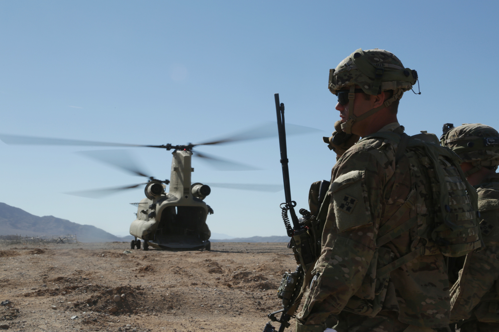 4th Infantry Division Soldiers provide aid to local nationals