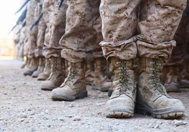 Marines Adopt New Uniform Rules Cammies Dress Blues