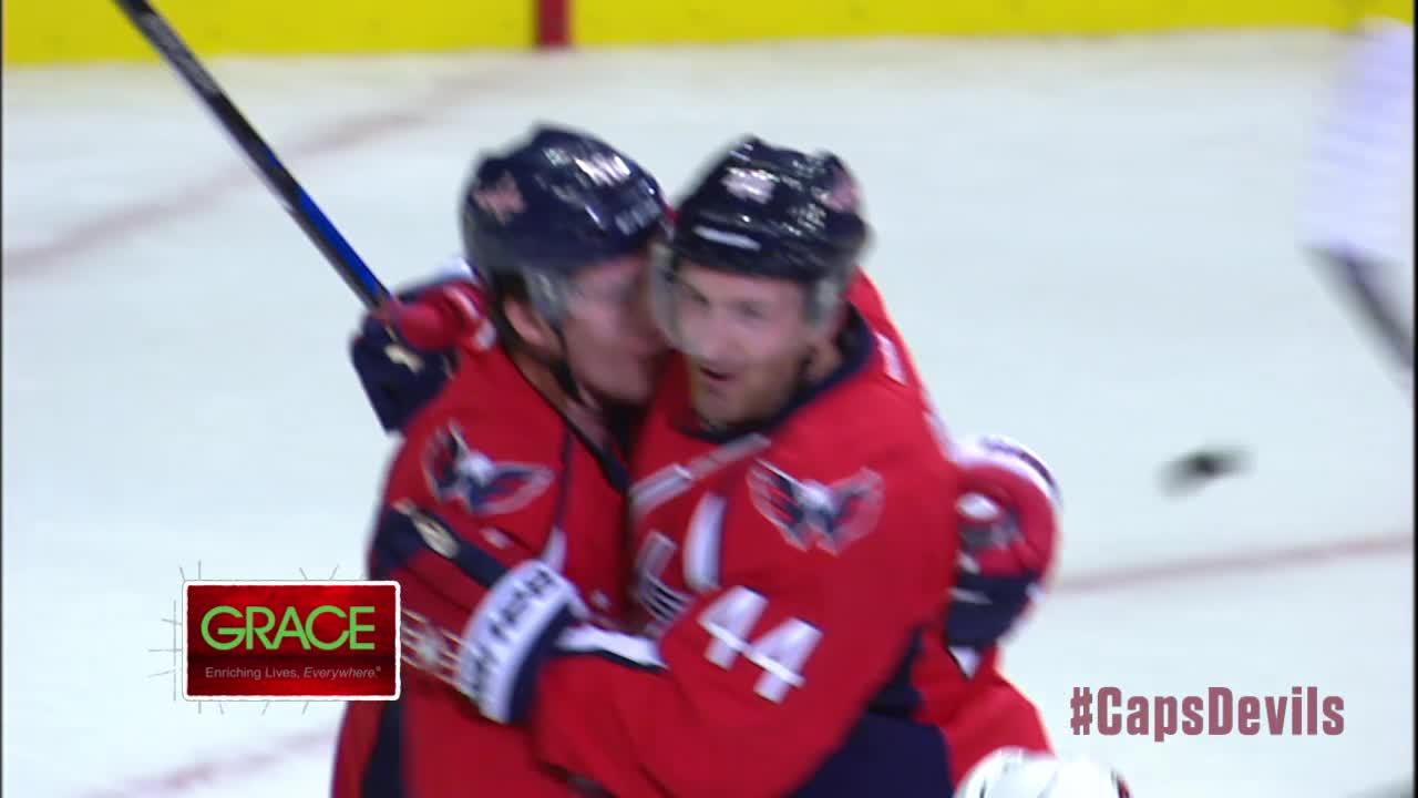 #CapsDevils Highlight: Brooks Orpik's First Goal as a Capital 10/10/15