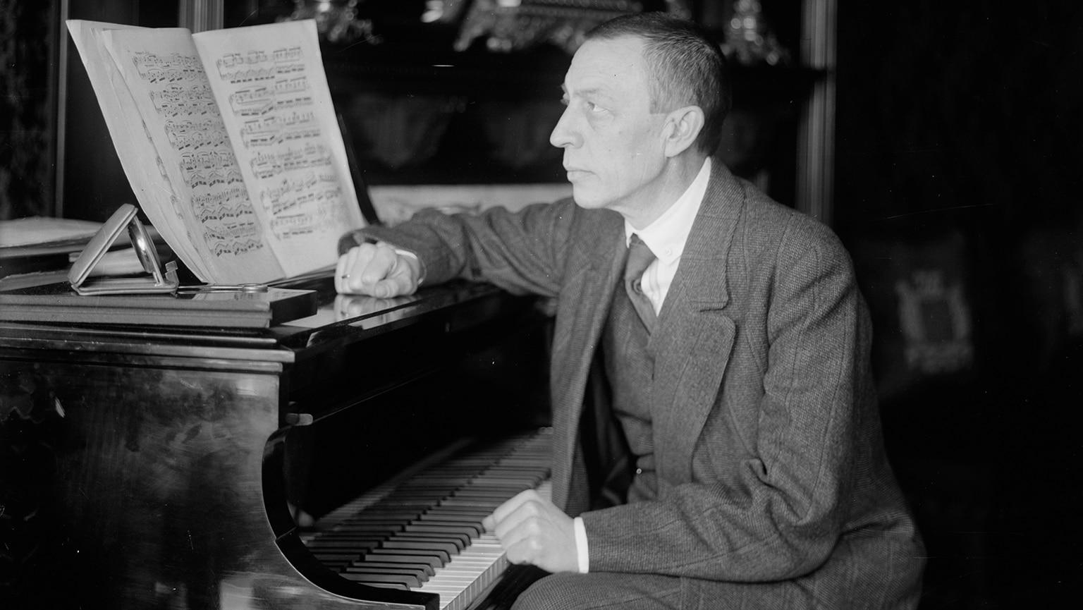 Rachmaninoff—Études-tableaux