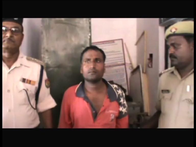 Image of पिता ने फावड़े से काटकर की बच्चों की हत्या