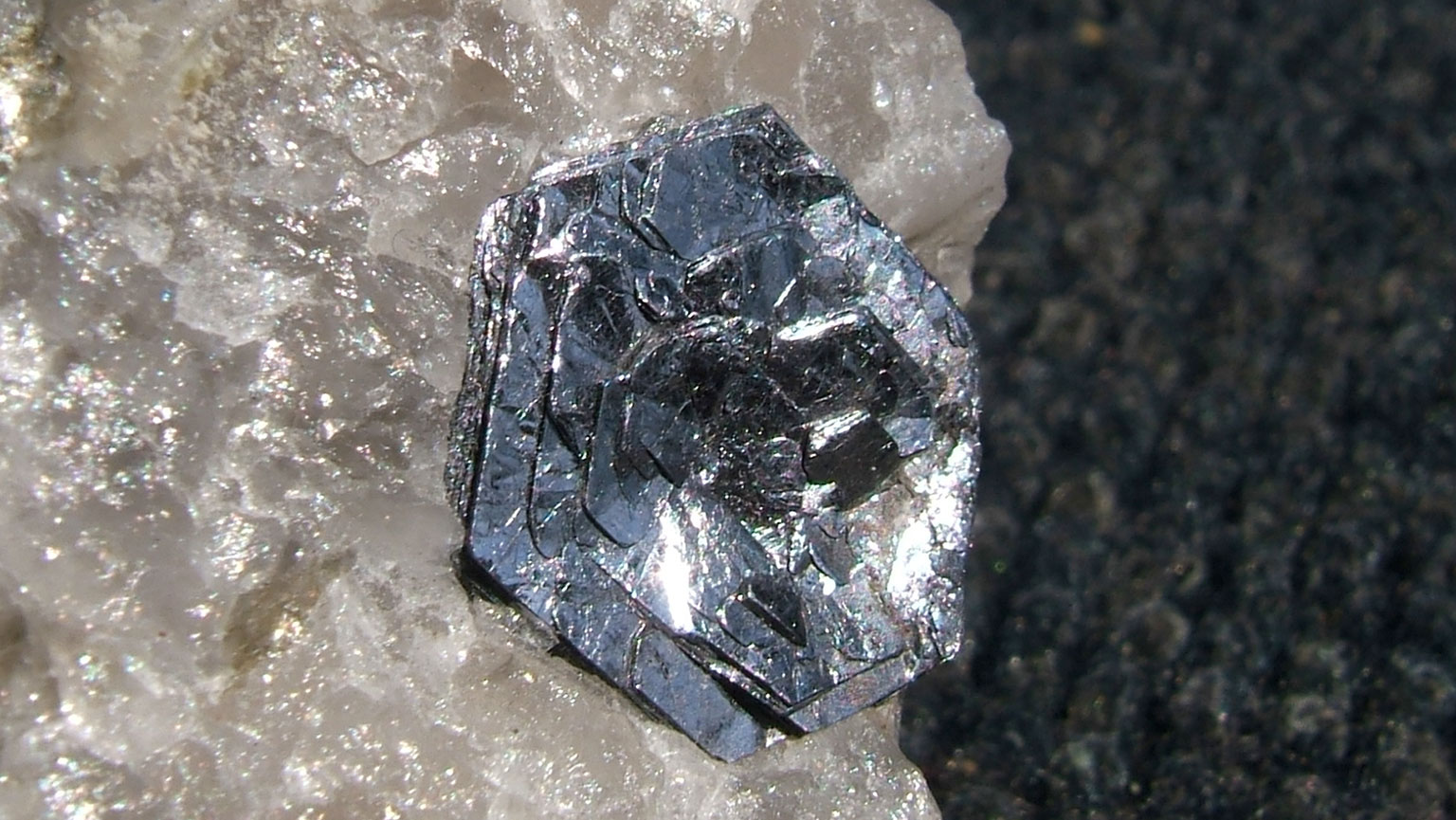 Earth's Greatest Mineral Explosion