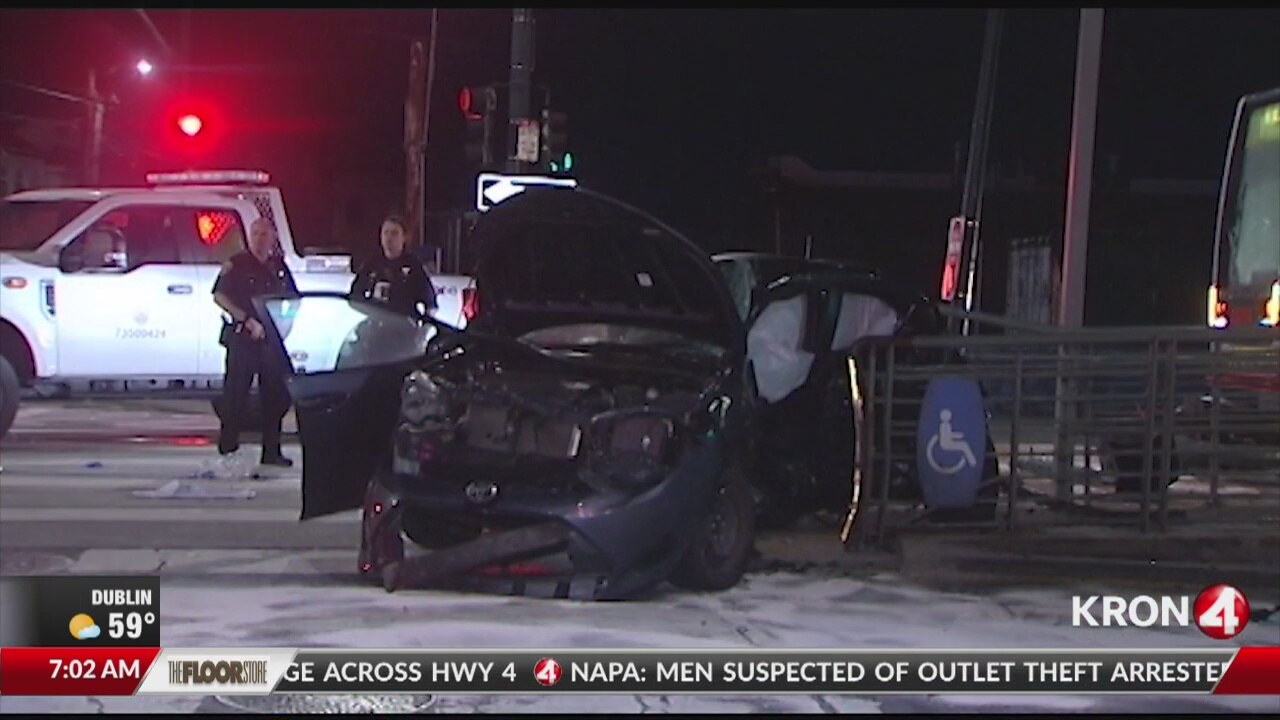 Two killed in San Francisco crash   kronon