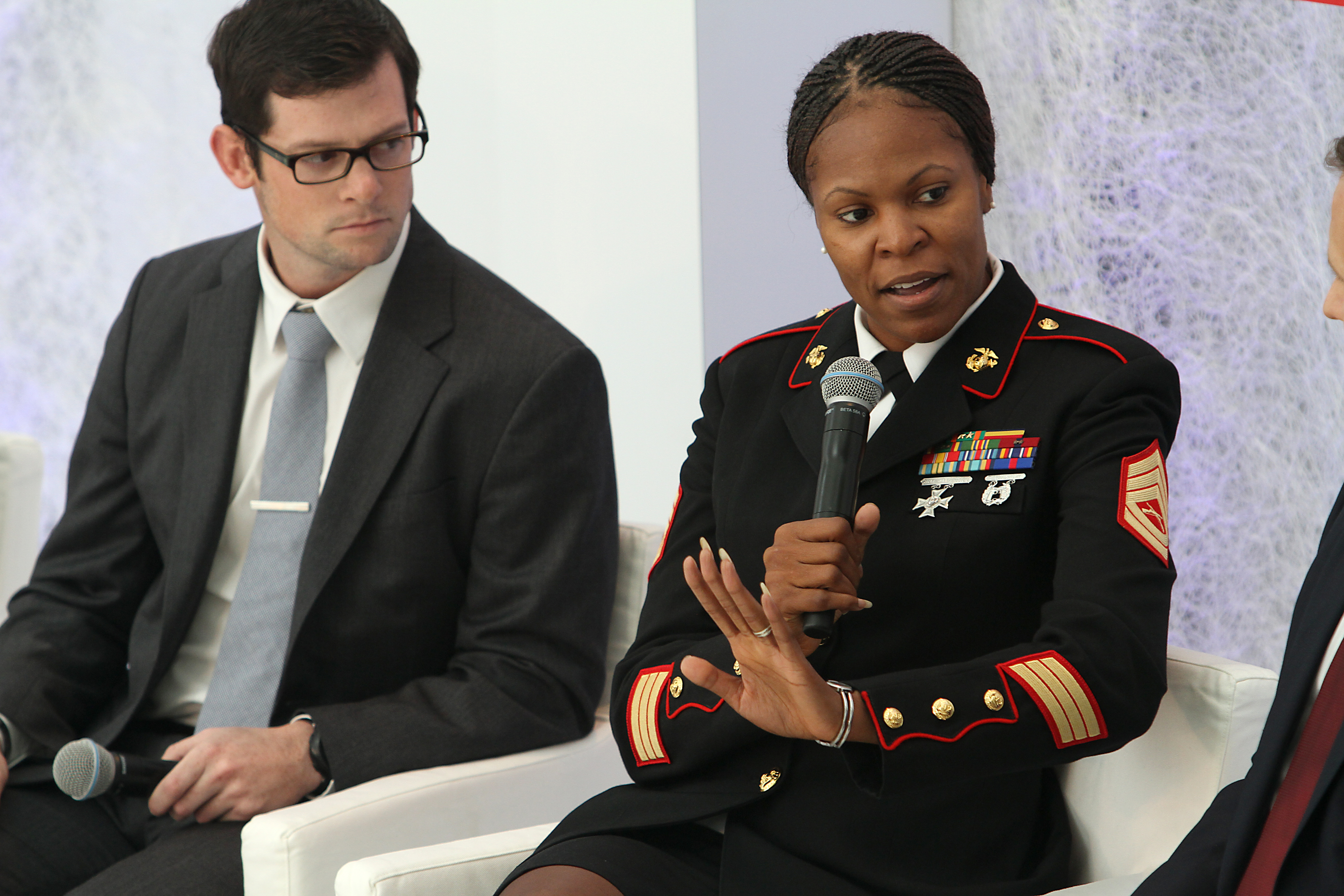 Women Marine Uniform 26