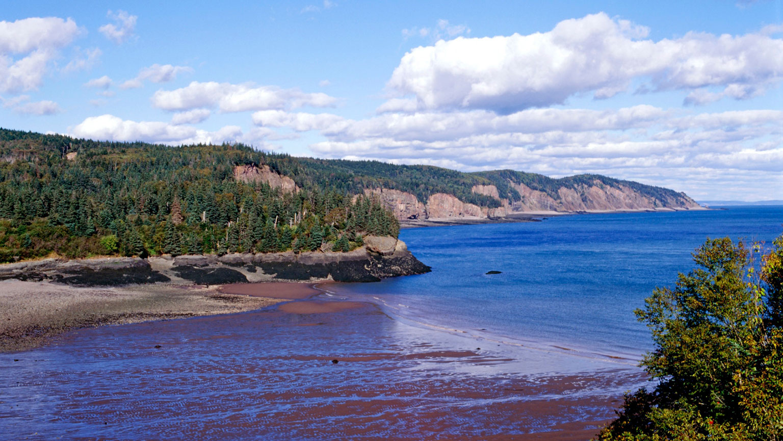 Bay of fundy inexorable cycle of tides the great courses for Minimalist house bay of fundy