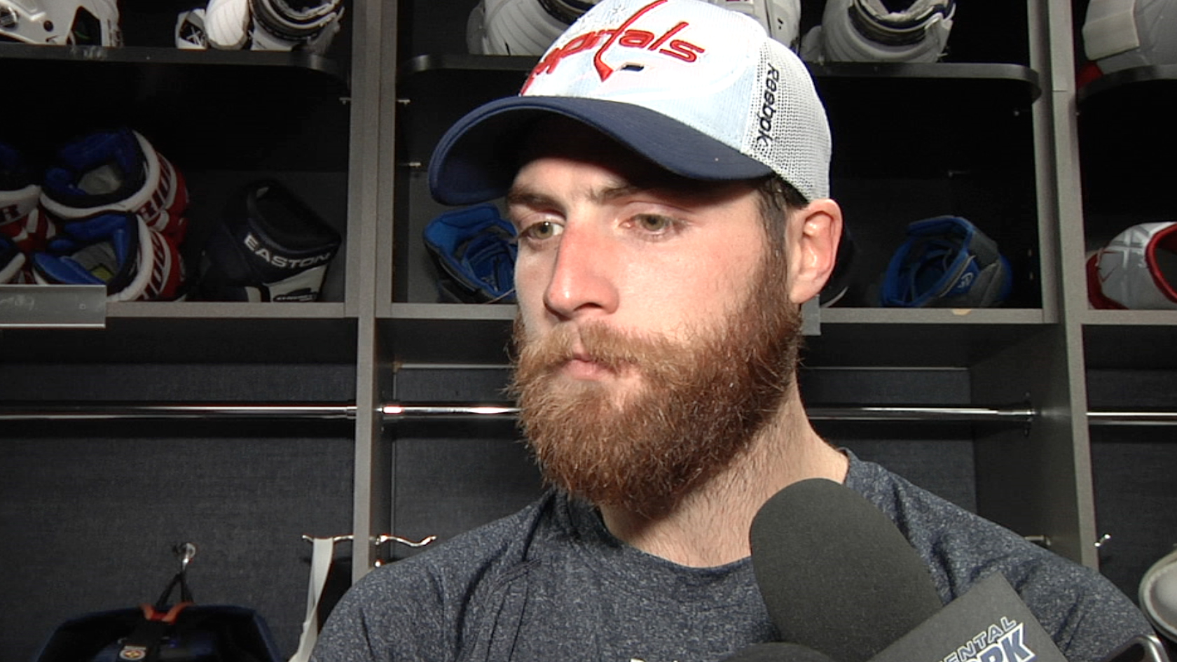 Braden Holtby Postgame 11/20/14 | monumental sports network