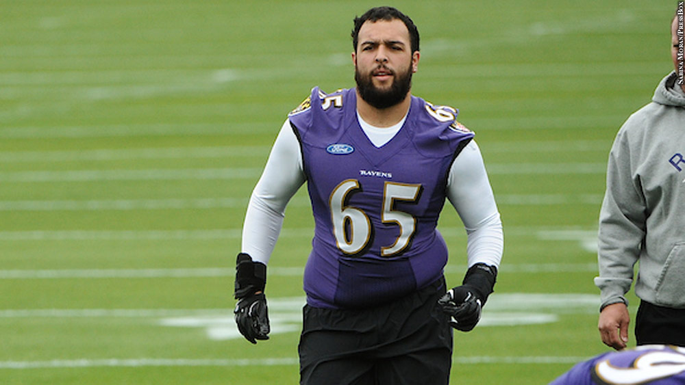 sports shoes ce135 bdd1e Ravens' Nico Siragusa 'Obviously Willing To Learn' Center ...