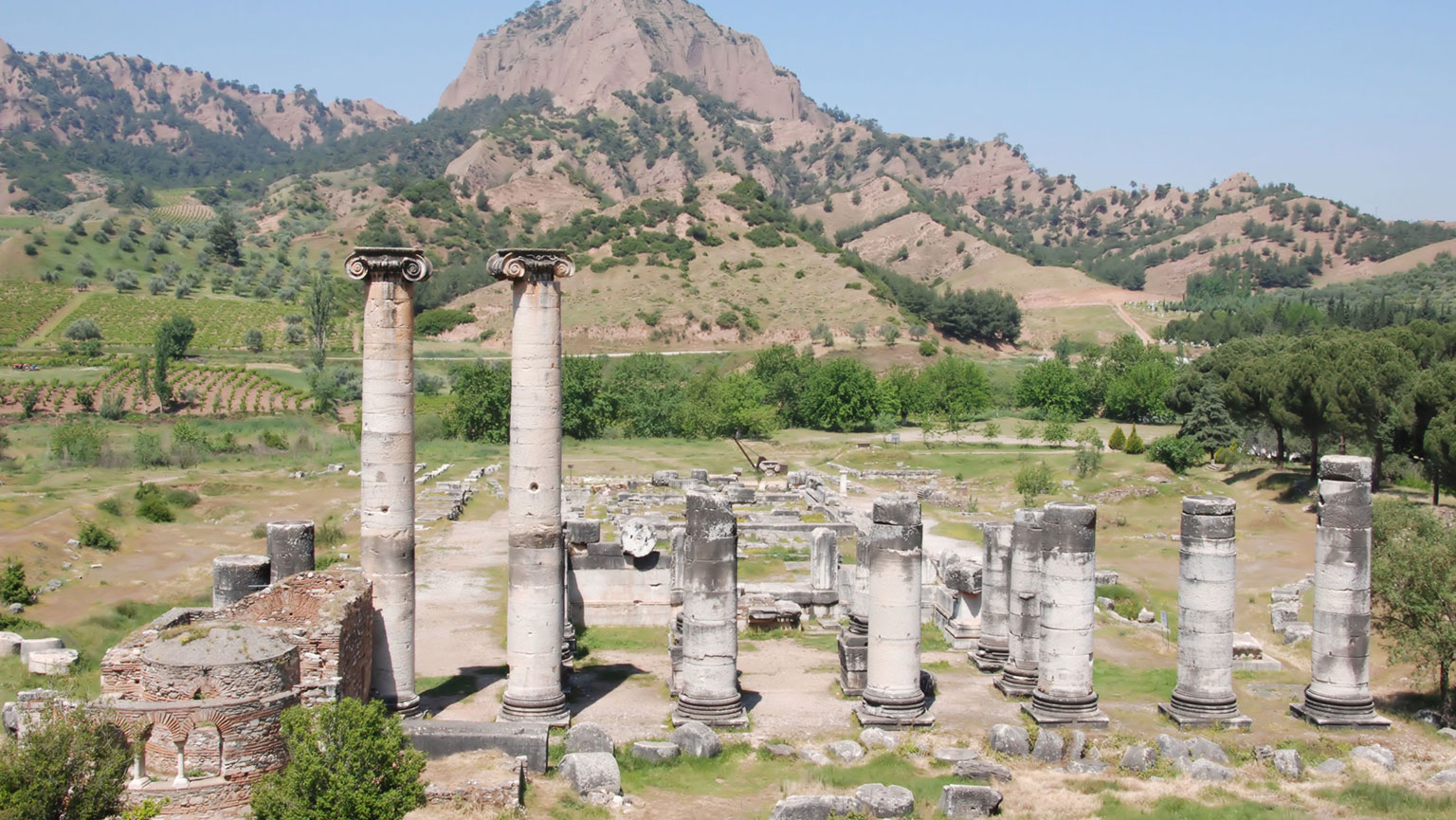 Royal Cities of Asia—Pergamon and Sardis
